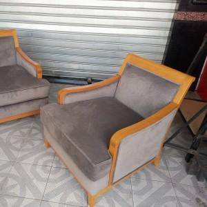 Chaise tapissier et bois