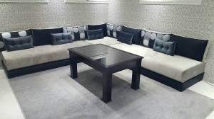 salon-en-L-table-noir